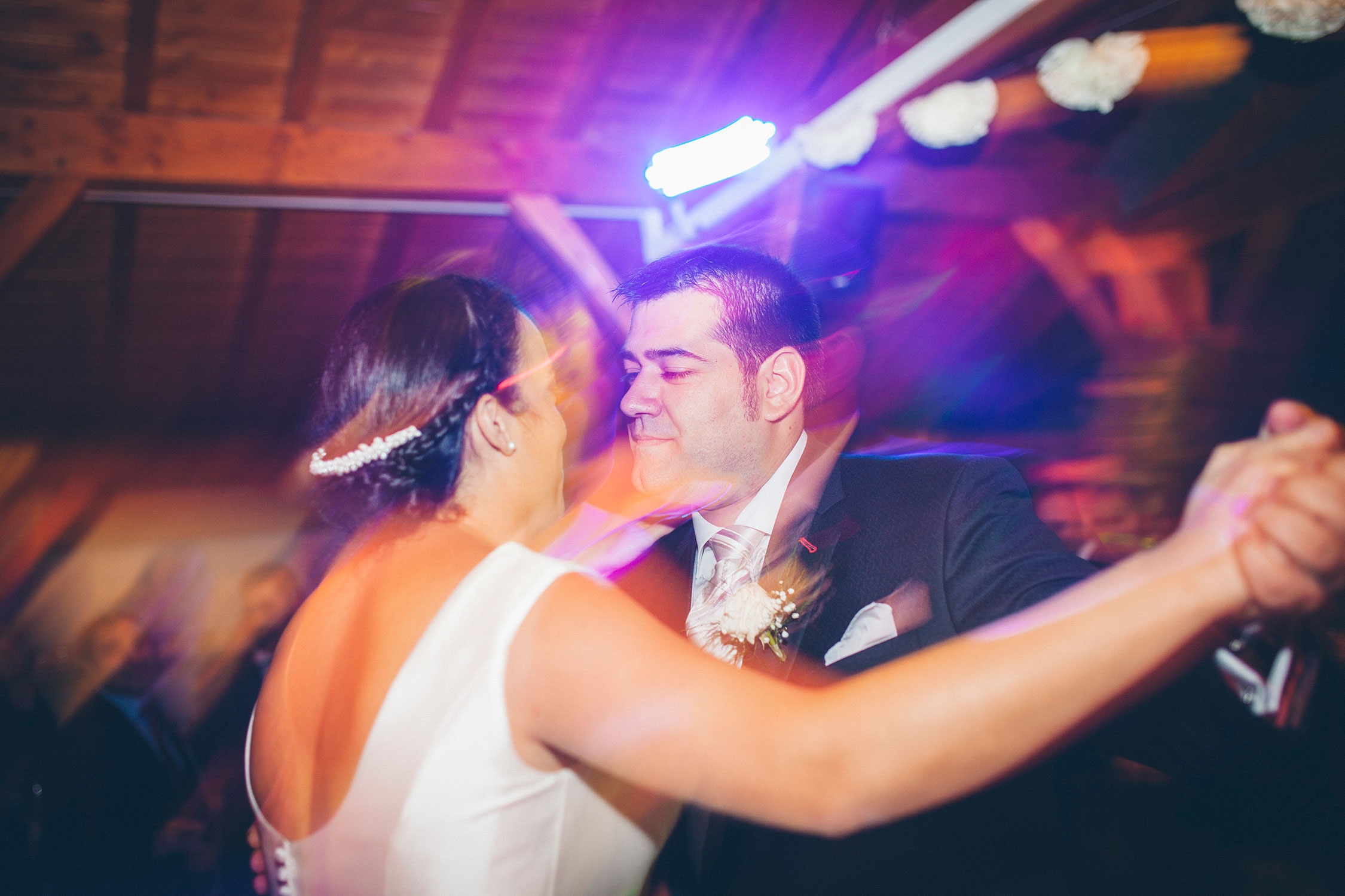 primer baile, boda en arcos de quejana organizada por Conmemora wedding planner