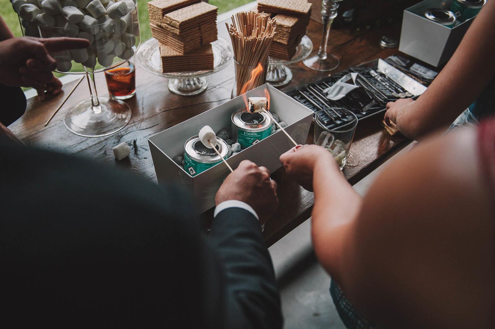 Smores Bar organizada por Conmemora Wedding Planner en el restaurante Aboiz, Garai