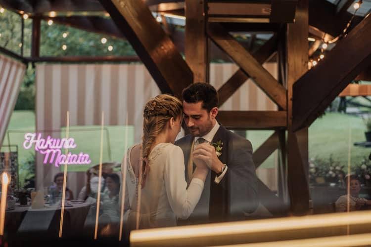 boda en boroa, baile en el aterpe